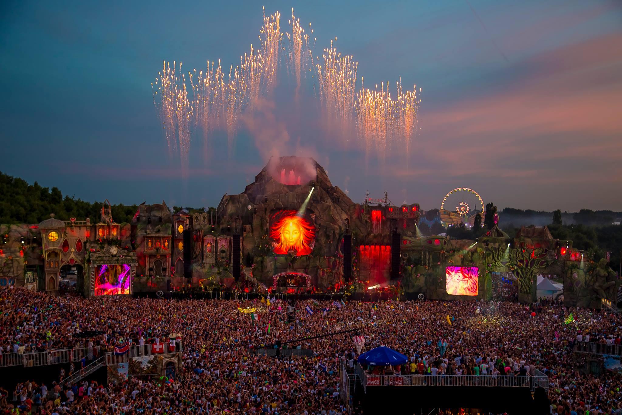 Tomorrowland 2015 mit Avicii und einigen Überraschungen