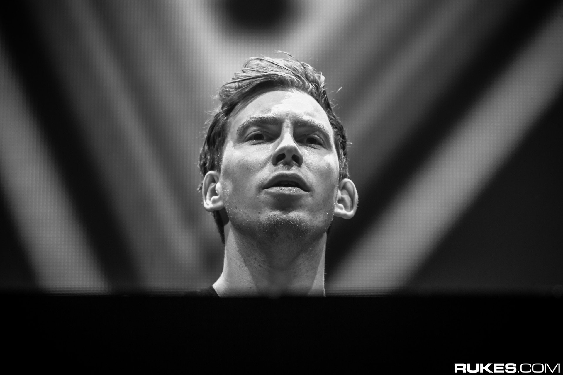 Hardwell Rukes Interview Billboard Sally