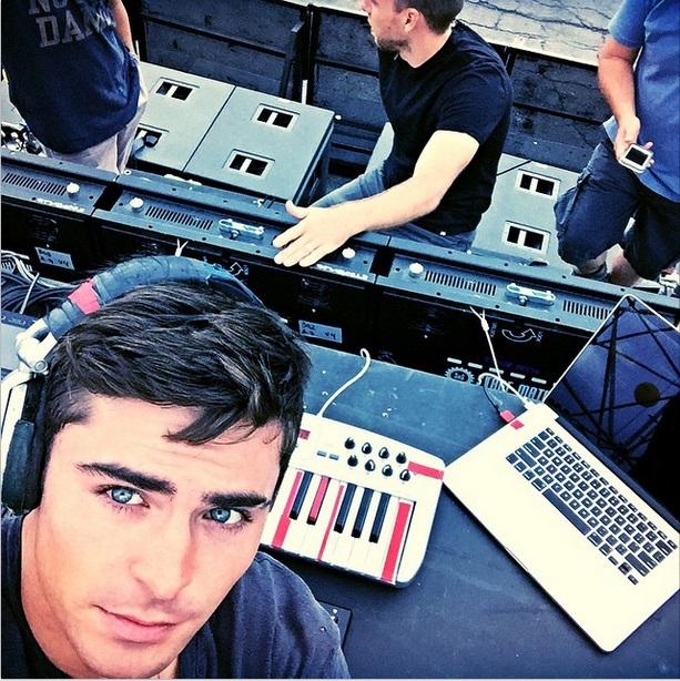 Vom Schauspieler zum DJ – Zac Efron versucht sich in EDM