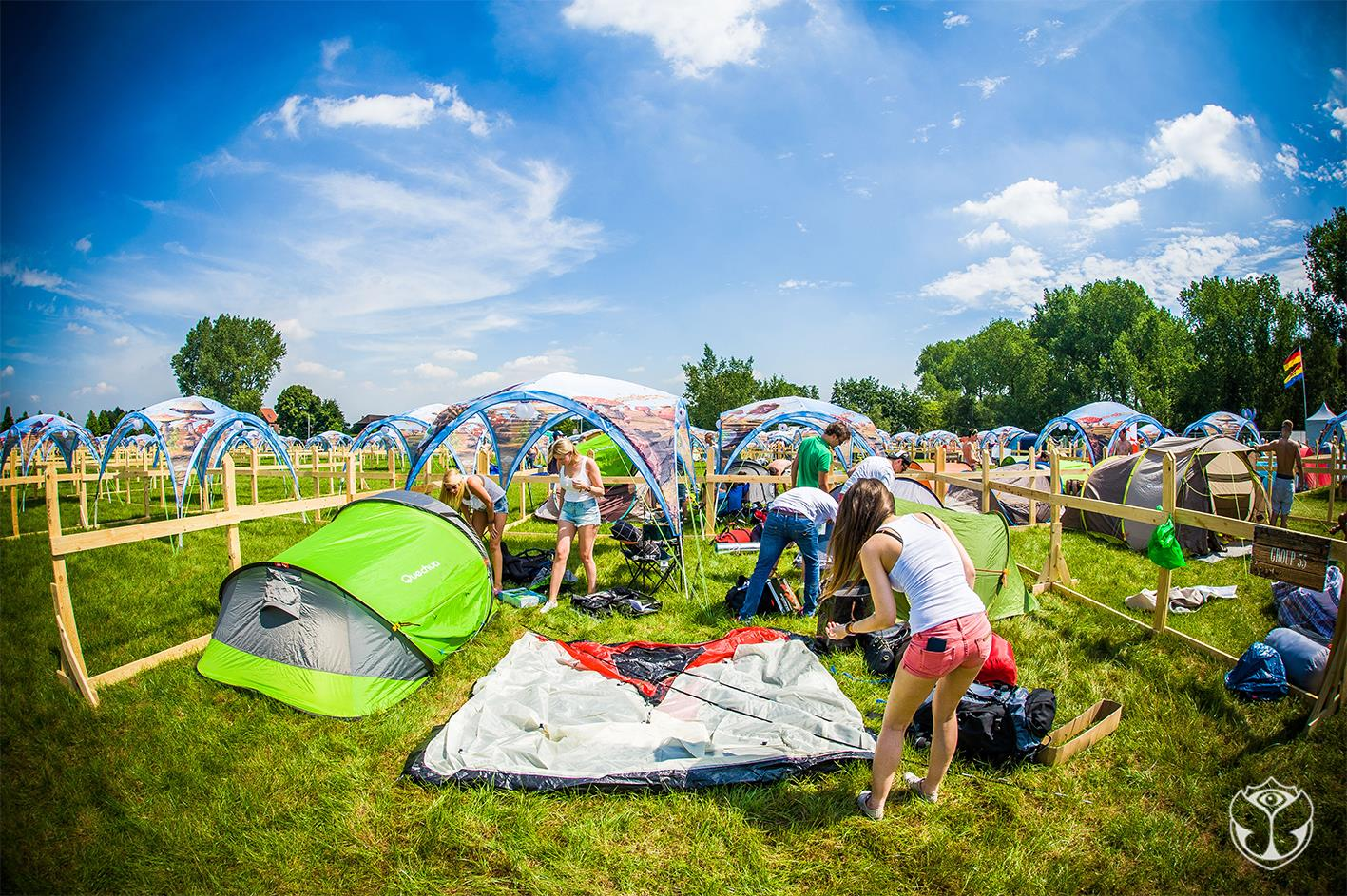festival camping