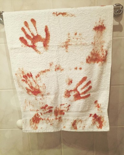 Blutiges Handtuch
