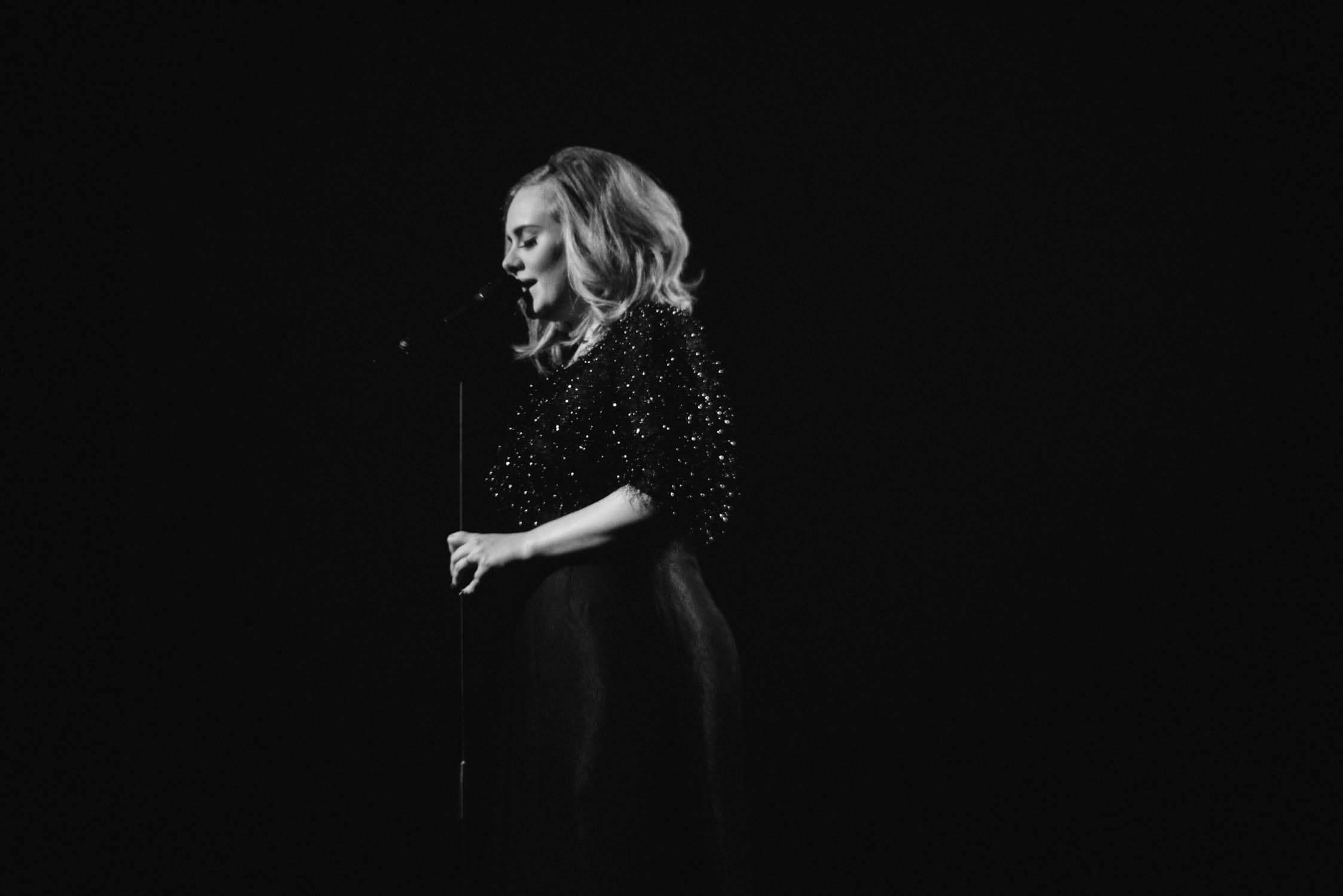 Adeles neues Album 25 – ohne Streaming zum Erfolg