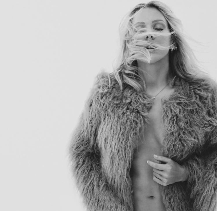 Ellie Goulding; Auszeit