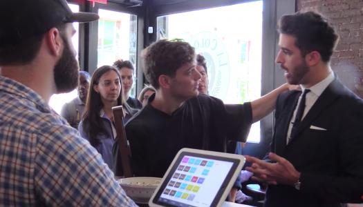 Martin Garrix beweist bei iHeartRadio, wie witzig er ist