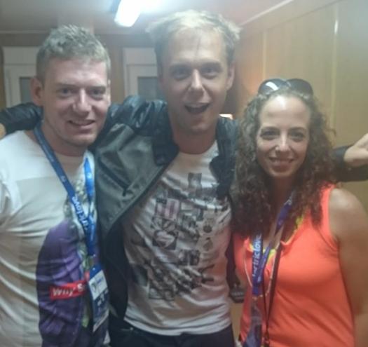 Armin van Buuren Backstage mit Fans