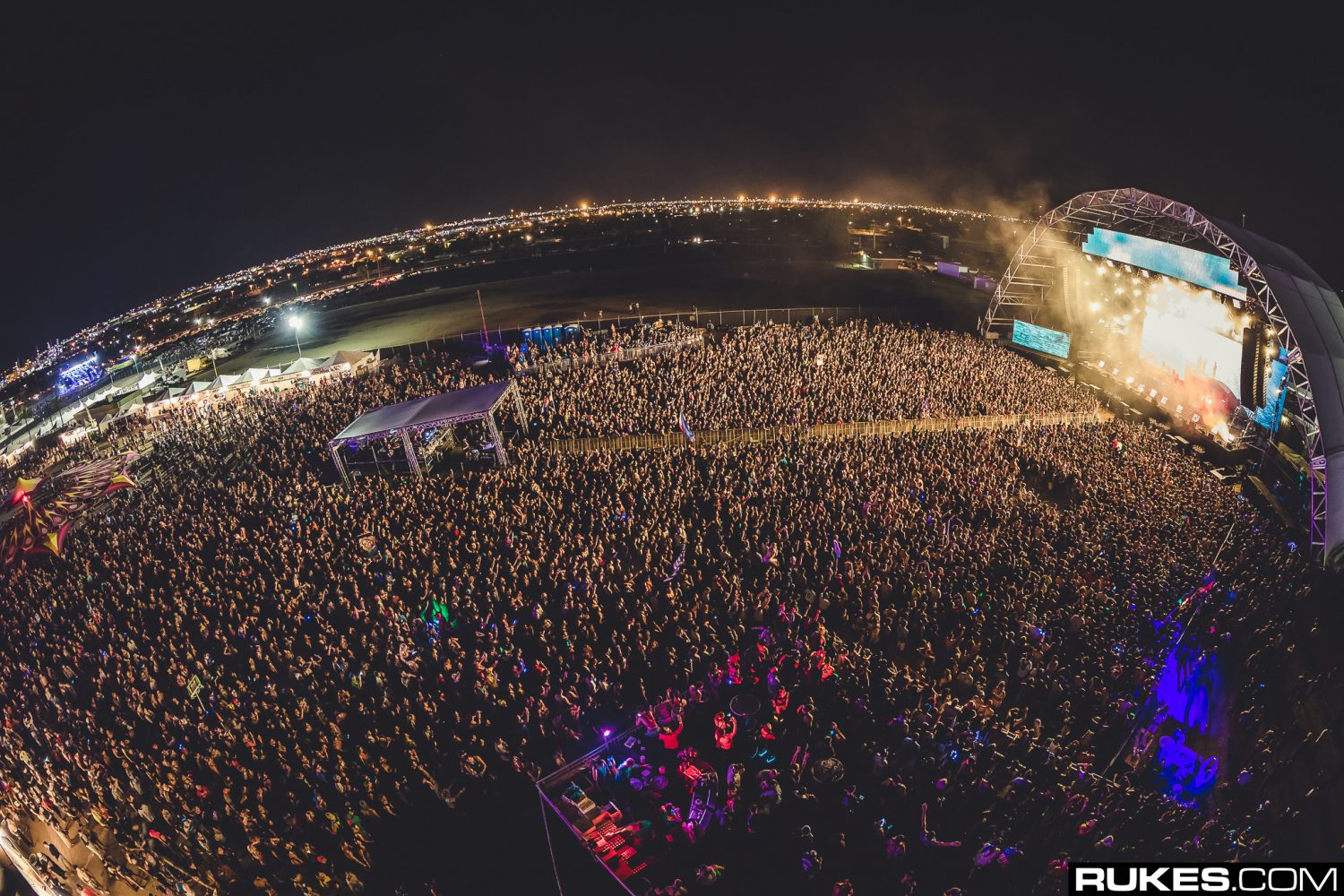 crowd rukes edm